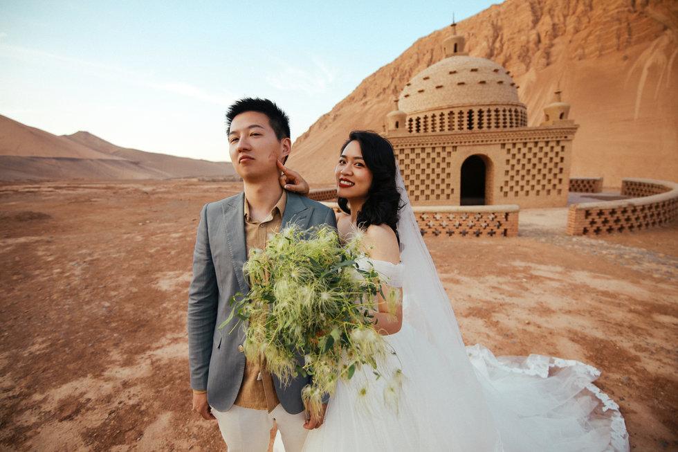 新疆四仟纪摄影必威体育登陆婚纱必威体育app手机版分享