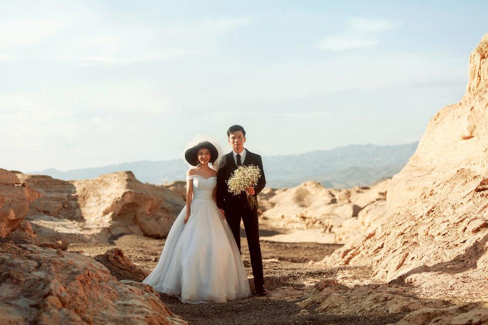 新疆必威体育登陆婚纱照,新疆必威体育登陆,新疆婚纱照,乌鲁木齐婚纱照