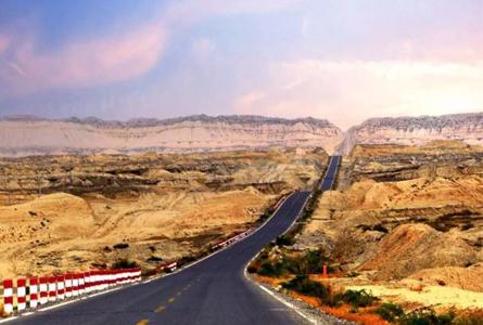 中国最美公路开封!一年封闭7个月,从火焰到海水,美到极致却少
