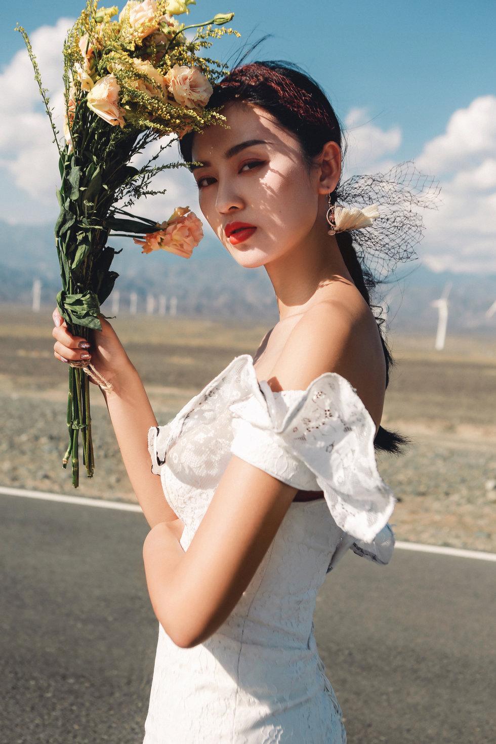 新疆必威体育登陆,新疆婚纱照,乌鲁木齐婚纱摄影,乌鲁木齐婚纱照